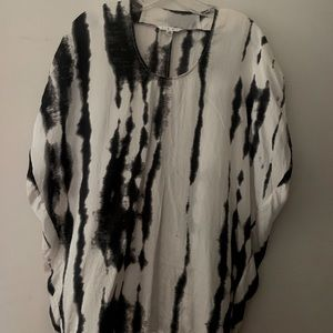 Cabi women's black and white tie-dye silk blouse